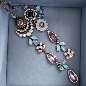 Parisian belle necklace